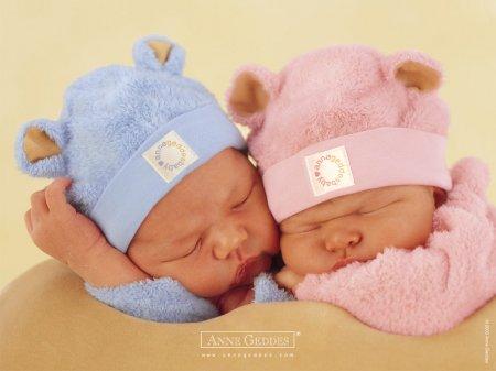 Фотографии детей, сделанный фотографом Анне Гедес