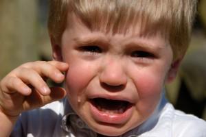 Как прекратить детскую истерику?