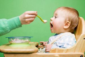 Как приготовить ребенку творог?