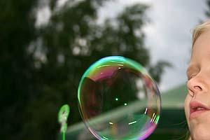 Мыльные пузыри удивительное зрелище