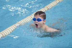Обучаем своего ребенка плаванию