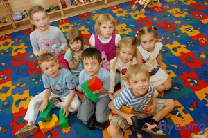 Развитие детей в коллективе и семье