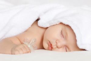 Как помочь малышу отвыкнуть от соски?